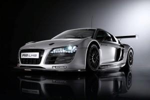 Audi livreaza al 100-lea vehicul de curse destinat clientilor