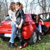 Fetele de la Masini.ro: Wanna' Clio?