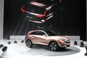 Conceptul Acura SUV-X