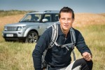 Bear Grylls devine ambasador global Land Rover