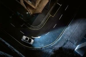 """Mercedes-Benz Romȃnia iniţiază """"Testul gratuit de lumini"""""""