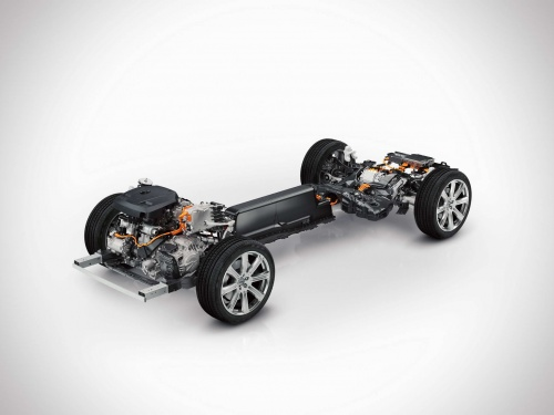 147972_the_all_new_volvo_xc90_twin_engine_powertrain