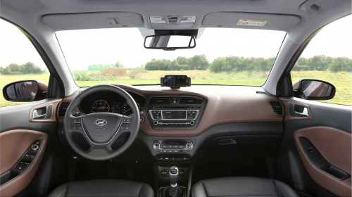 new_generation_i20_interior_13