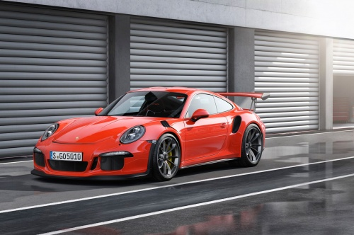 2016-porsche-911-gt3-rs-parked