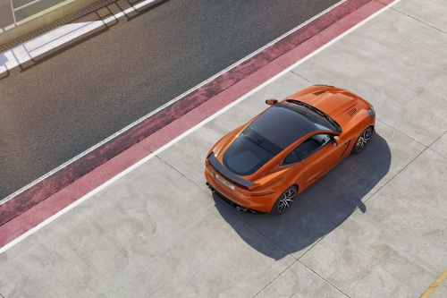 jag_ftype_svr_coupe_track_170216_13_126551
