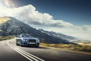 Bentley lansează Flying Spur W12 S
