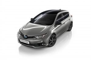 Toyota lansează versiunea Black Edition pentru Auris Hybrid