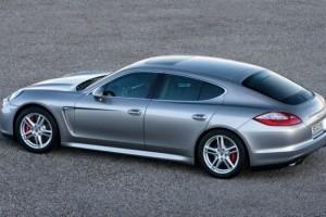 Porsche prezinta primele fotografii ale modelului Panamera Gran Turismo