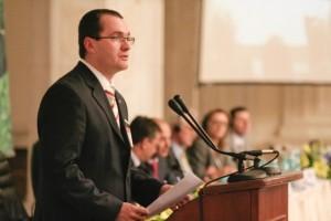 Korodi nu a semnat OUG de triplare a taxei auto, nemultumit de graba cu care a fost luata decizia