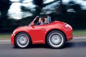 Orientarea cererii spre masinile mici va reduce profiturile producatorilor de automobile de lux