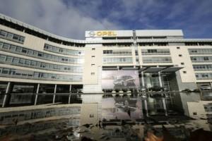 GM vrea sa vanda Opel