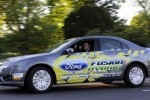 Ford Fusion Hybrid reuseste un consum mediu de doar 3,5 litri la suta