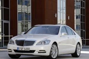 Daimler a lansat primul model german hibrid