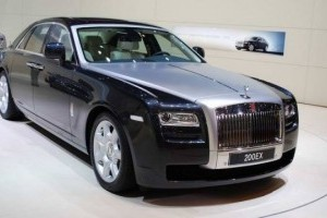 VIDEO: Rolls Royce Ghost isi dezveleste formele la Frankfurt