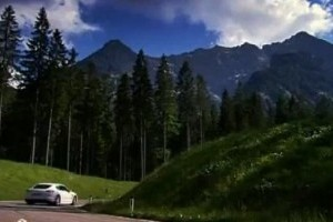 VIDEO: Porsche Panamera Turbo in Alpi