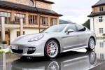 Porsche Panamera Turbo este masina Playboy a anului