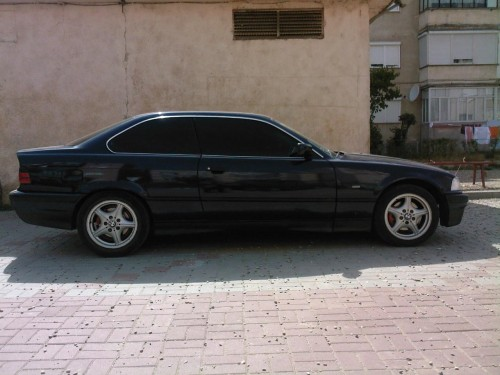 BMW 3 318IS