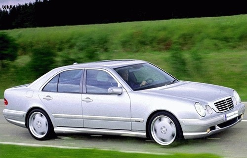 Mercedes-Benz E-Class Limousine, Numar usi