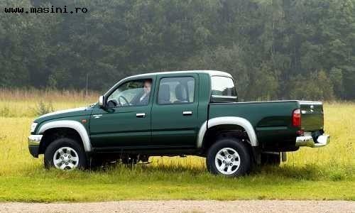Toyota Hilux Cabina dubla, Numar usi