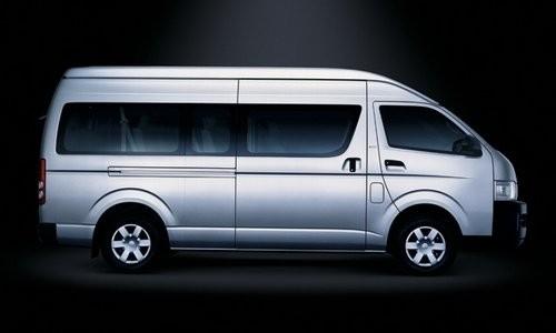 Toyota Hiace Glass Van LWB, Numar usi