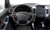 Toyota Land Cruiser 120 (3 usi), Numar usi