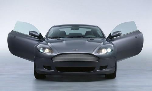 Aston Martin DB9 Convertible, Numar usi