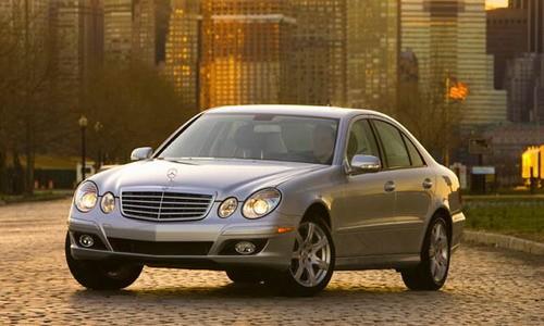 Mercedes-Benz E350 4MATIC, Numar usi