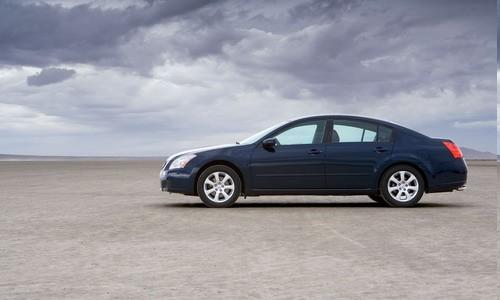 Nissan Maxima, Numar usi