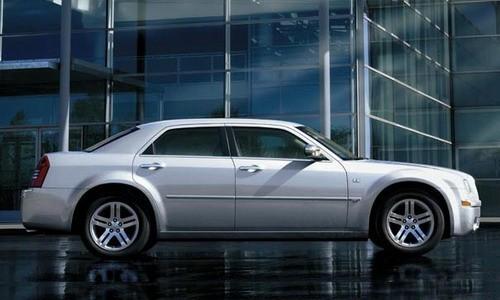 Chrysler 300C Sedan, Numar usi