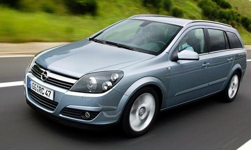 Opel Astra Caravan 2010. Opel Astra Caravan 1.6