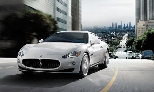 Maserati GranTurismo S Automatic, Numar usi