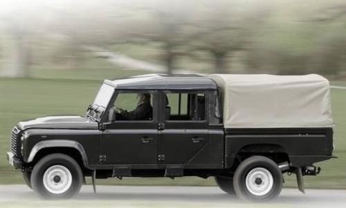 Land Rover Defender 130, Numar usi